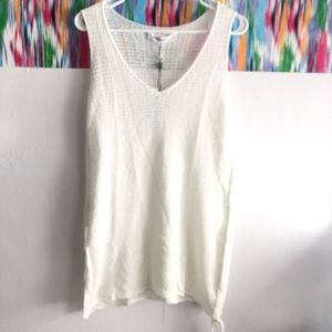 🆕 BCBGeneration white knit tank, side split